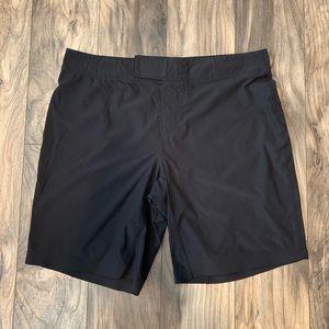 Lululemon Mens 36 Black Studio Shorts Boardshorts